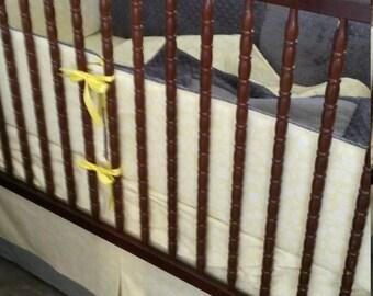 Crib set