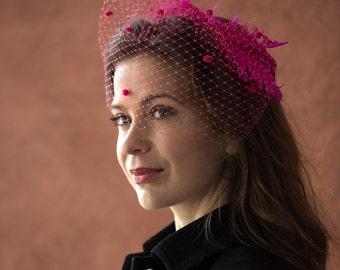 Pink Birdcage veil with feathers, fuschsie birdcage veil with feathers