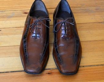 Vintage 1960s mens leather shoes
