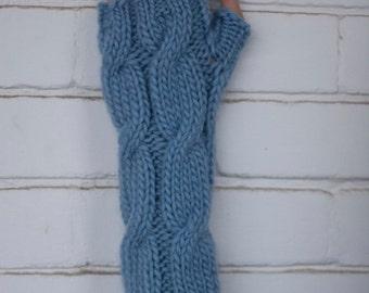 Fingerless Gloves in Light Blue / Arm Warmers / Fingerless Mittens