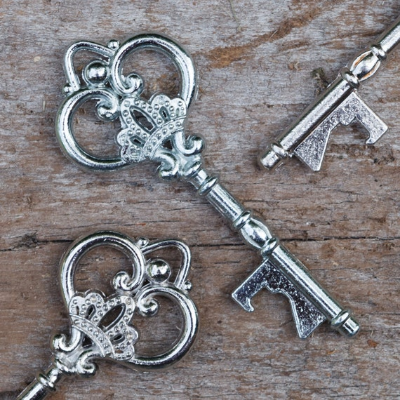 50 key bottle openers antique vintage skeleton keys wedding. Black Bedroom Furniture Sets. Home Design Ideas