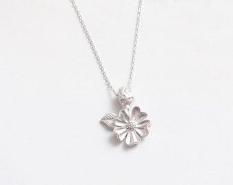 Silver White Flower Necklace, Flower Leaf Necklace, Dainty Necklace, Love Necklace, Spring Necklace, Beautiful Necklace, Fashion Jewelry