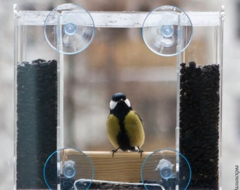 "Window bird feeder ""Elbrus"""