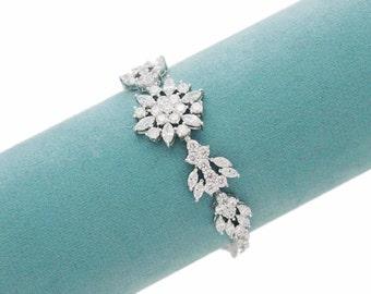 Crystal bridal bracelet, Wedding bracelet, Bridal accessories, Cubic zirconia, Swarovski bracelet, Bridal jewelry, Bridesmaid bracelet 0183