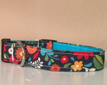 Bold Flower Print Dog / Pet Collar