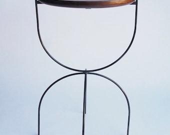 ALTAR Side Table (Walnut)