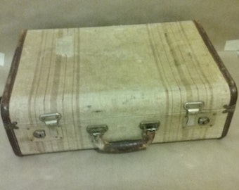 Vintage wooden suitcase from 1950's