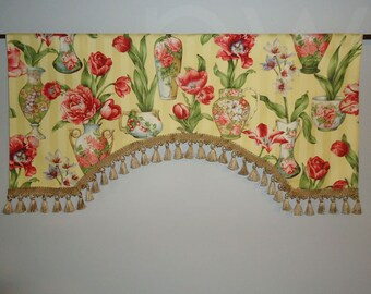 """Yellow Window Treatment Valance Braemore Floral Vase Gold Tassel Trim Arched 43"""" Wide"""