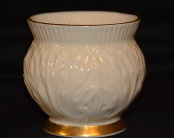Lenox small off-white porcelain pot