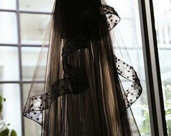 Black Lace Strapless Tiered Wedding Dress