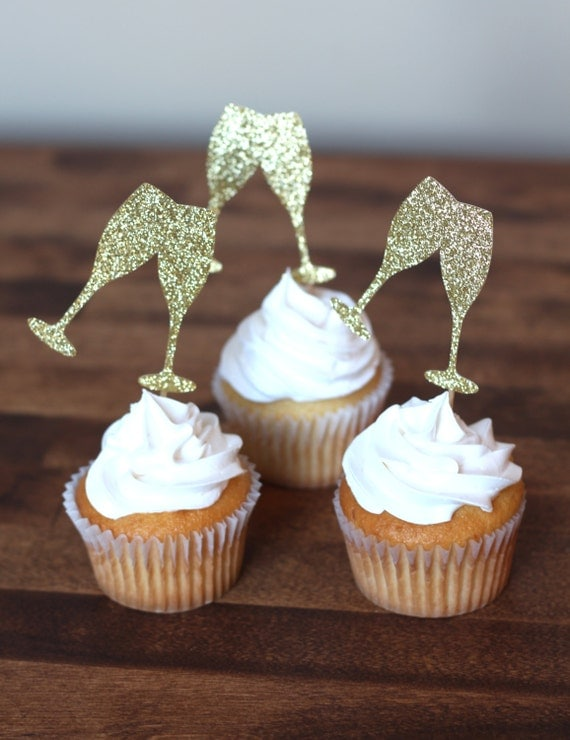 champagne glass cupcakes
