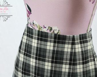 Vintage Black White Tartan Pencil Skirt Size S