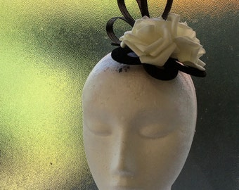 CLEARANCE: Black & White Fascinator Hair Clip Races Wedding Special