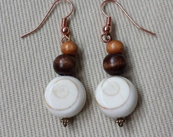 Woods and shells copper earrings