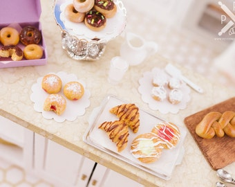 Chocolate Croissants Breakfast Pastries - 1:12 Dollhouse Miniature