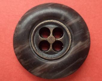 10 buttons dark grey beige 21mm (2100)
