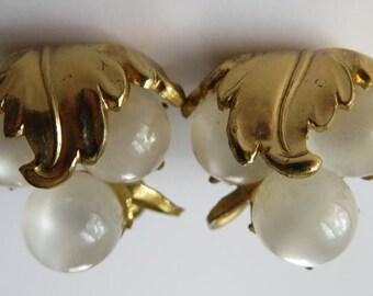 Vintage Coro Screw Back Earrings Vintage Jewelry Coro Costume Jewelry Coro 1950's Vintage Earrings Screw Back Earrings Gold Tone Earrings