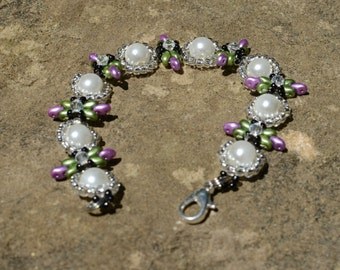 Handmade beaded Purple and Green Bracelet