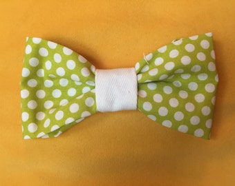 Green and White Polkadot Dog Bow Tie