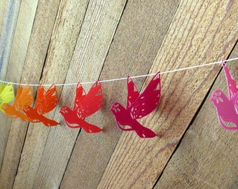 Paper flying bird garland / banner / bunting in rainbow /party