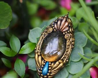 Atlantic Fortune Pendant- Labrodite Stone