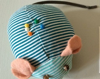 Handmade fabric mouse pincushion