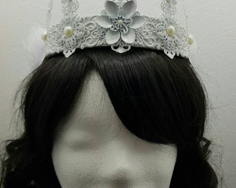 Snow white wedding pearls Crown, white Crown with pearls