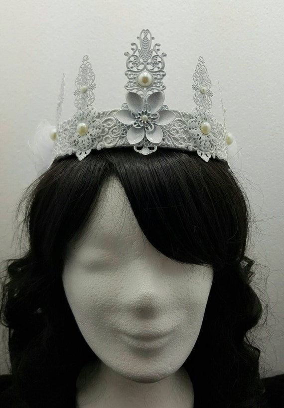 SALE snow white wedding pearls Crown, white Crown with pearls