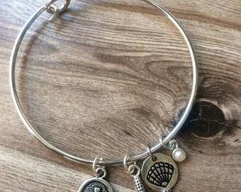 Anchor, Starfish, Shell and Pearl Bangle Bracelet
