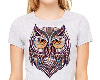 Colorful image of owl printed on a heather gray t-shirt, women's t-shirt, gray tee, owl shirt, bird shirt, owl t-shirt, owl tee