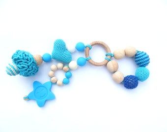 Teething  toy - Crocheted ring - Babywearing Eco friendly toy