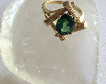 14k yellow gold & green tourmaline ring