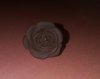 Maroon flower adjustable ring
