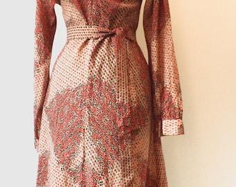 1970's vintage red / orange patterned dress