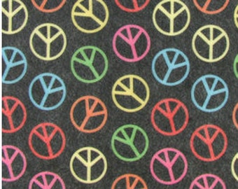 "Printed Felt Rectangle: Peace Signs (9""x12"")"