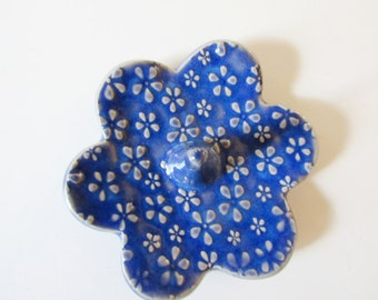 Royal blue Ring Holder - Indigo blue Ring Dish - dish with raised flower blossom texture - Ring Bowl