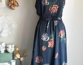 Sweet Vintage 70s Black Floral Dress