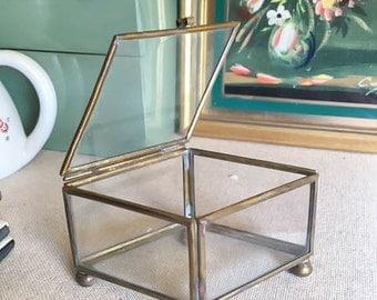 Cute Vintage 50s Boudoir Gold Glass Mini Diamond Geometric Jewelry Box