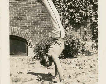 Vintage Snapshot 1927 Young Man Tarnow Handstand Amazing Feat snapshot photo