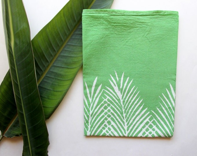 Green and White Palm Tree Leaf Tea Towel
