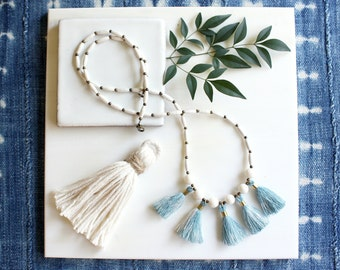 Blue Ombre Tassel Necklace, White Beach Wedding Necklace, Single Strand Necklace, Long Beaded Necklace, Boho Beach Style, Norwegian Wood