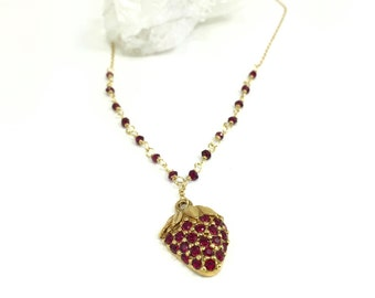 Gemstone Necklace, Garnet Necklace, Wire Wrapped Necklace, Vintage Pendant, Strawberry Red Necklace, Gold Necklace