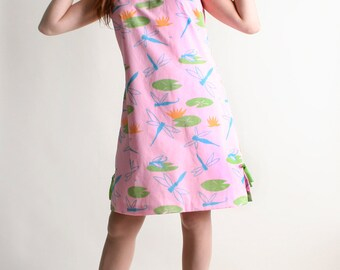 Vintage 1960s Vested Gentress Dress - Dragonflies and Lily pad Novelty Print Dress - Medium
