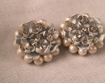 Very Pretty Vintage 1950's Era Faux Pearl and Flower Beaded Earrings