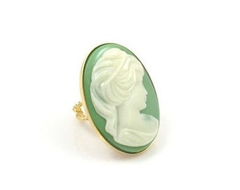 Vintage Huge Green and Cream Cameo Ring, Vintage Ring,Statement Ring