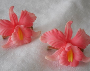 Set of 2 VINTAGE Pink Plastic Orchid Flower Costume Jewelry Brooches