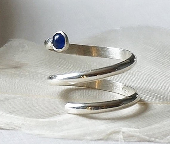 Sterling Silver Midi Knuckle Ring with Blue Onyx