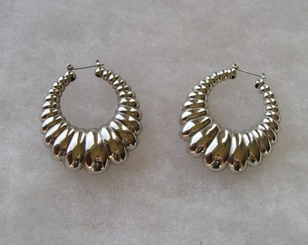 Large Silvertone Ribbed Hoop Style Earrings