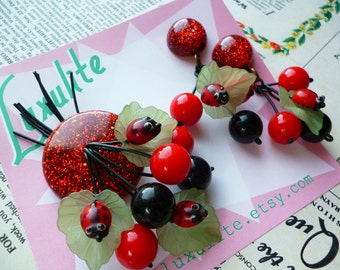 Ladybugs! Handmade 1940s 50s vintage inspired red confetti lucite style novelty ladybird brooch and optional earrings by Luxulite