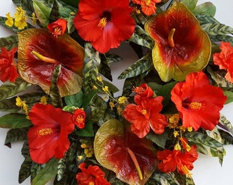 Tropical Wreath....Hibiscus Wreath....Luau....Tropical Decor